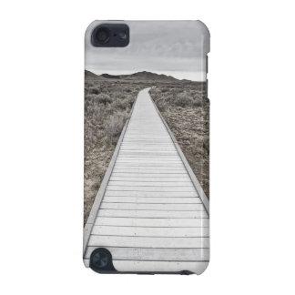 Boardwalk through the desert iPod touch 5G case