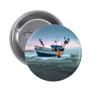 boat 6 cm round badge