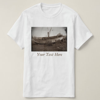 boat on pebble beach lobster pots antiqued photo T-Shirt