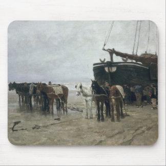 Boat on the Beach at Scheveningen, 1876 Mouse Mat