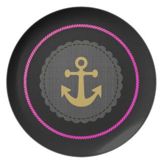 Boat Vamp(c) Hot-Pink_Black-Gold_ Plate