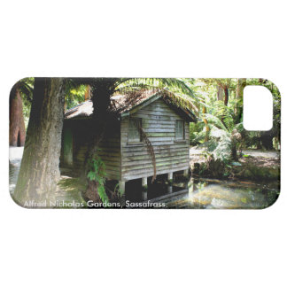 Boathouse - Alfred Nicholas Gardens iPhone 5 Cover