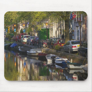 Boats and buildings along the canal belt, mouse mat