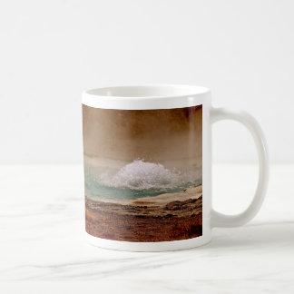 BOILING WATER VOLCANIC POOL IN YELLOWSTONE COFFEE MUG