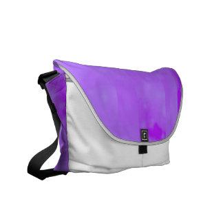 Bokeh 02 soft lilac messenger bags