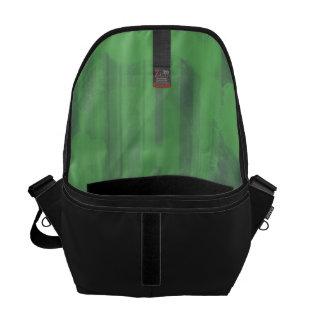 bokeh 04 hearts green I Messenger Bags