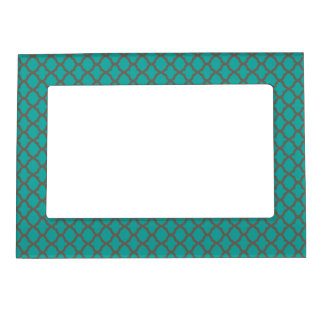 Bold Quatrefoil Pattern in Green and Brown Magnetic Picture Frame