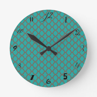 Bold Quatrefoil Pattern in Green and Brown Round Clock