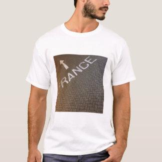 Bon Voyage! France this way! T-Shirt