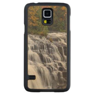 Bond Falls In Autumn Near Paulding, Michigan Carved Maple Galaxy S5 Case