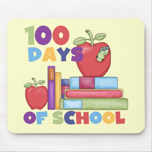 Books and Apples 100 Days of School Tshirts Mouse Mats