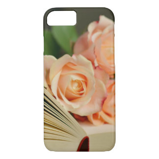 Books And Roses iPhone 8/7 Case