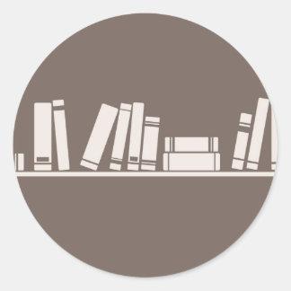 Books lovers! round sticker