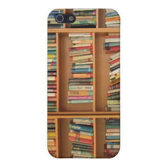 Bookshelf background iPhone 5/5S cases