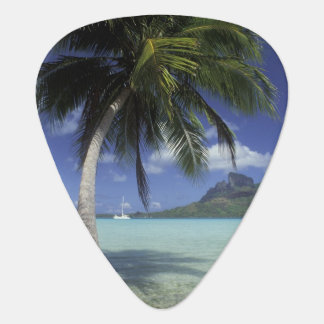 Bora Bora, French Polynesia Mt. Otemanu seen Plectrum