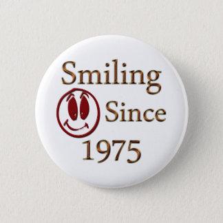 Born in 1975 6 cm round badge
