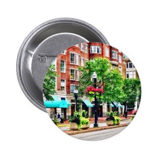 Boston MA - Shops Along Boyleston Street 6 Cm Round Badge