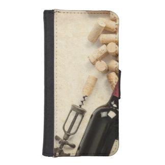 Bottle of Wine iPhone SE/5/5s Wallet Case