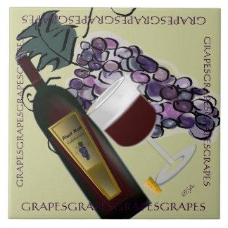 Bottle of Wine n Grapes Tile