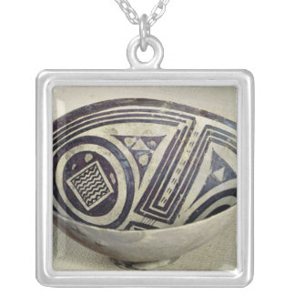 Bowl decorated with a geometric pattern silver plated necklace