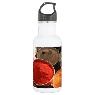 Bowls of cooking spices in Indian market 532 Ml Water Bottle