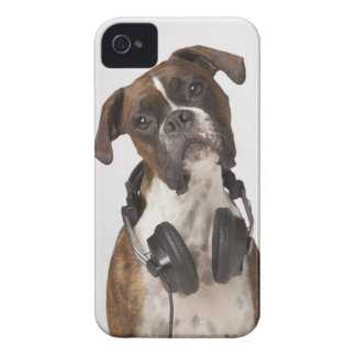 boxer dog with headphones iPhone 4 Case-Mate case