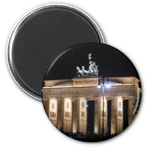 brandenburg gate magnet