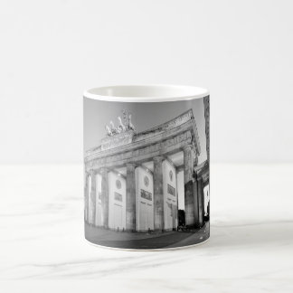 Brandenburger Tor photographic Basic White Mug