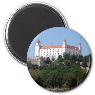 bratislava castle 6 cm round magnet