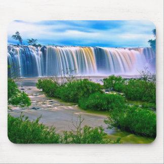 Breathtaking waterfall mouse mat