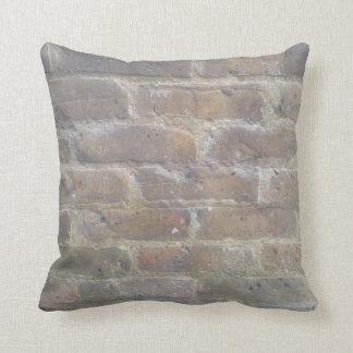 Brickwork cushion