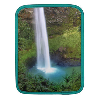 Bridal Veil Falls, NZ iPad Sleeve