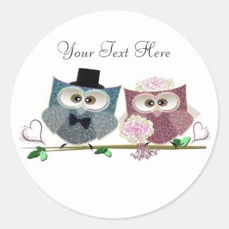 Bride and Groom cute Owls Art Round Sticker