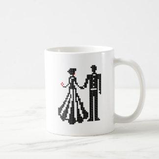 BRIDE AND GROOM ELEGANT CROSS-STITCH DESIGN COFFEE MUG