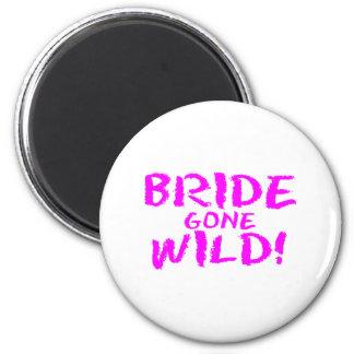 Bride Gone Wild! 6 Cm Round Magnet