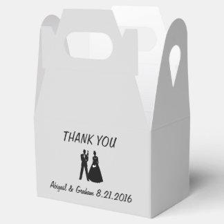Bride & Groom Silhouette Favor Party Favour Box