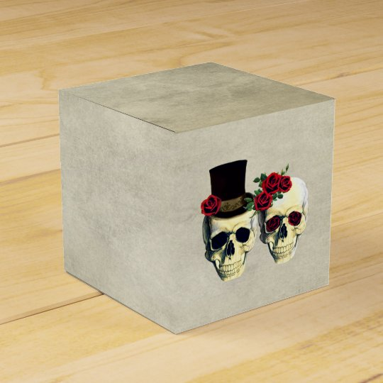 Bride & Groom Skull Wedding Party Favour Favour