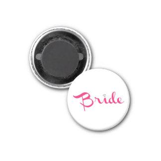 Bride Retro Script Hot Pink 3 Cm Round Magnet