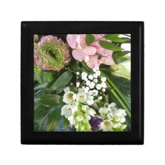 bride's bouquet small square gift box