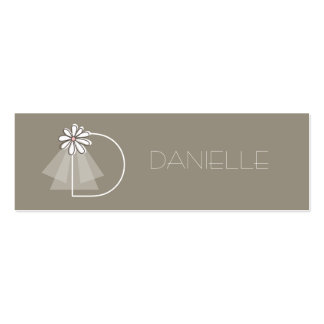 Bride's Veil Daisy Flower Monogram Bridal Gift Tag Business Cards