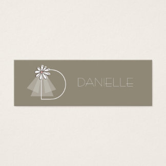 Bride's Veil Daisy Flower Monogram Bridal Gift Tag Mini Business Card