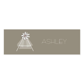 Bride's Veil Daisy Flower Monogram Bridal Gift Tag Pack Of Skinny Business Cards