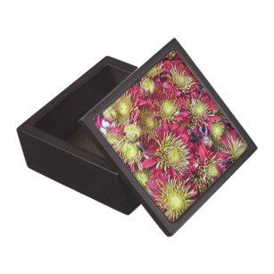 Bright chrysanthemums pattern keepsake box