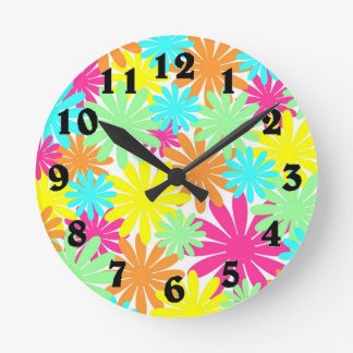 Bright colored daisy flowers round clock