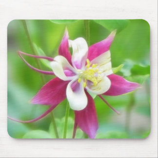 Bright McKana Type Columbine Mouse Mat