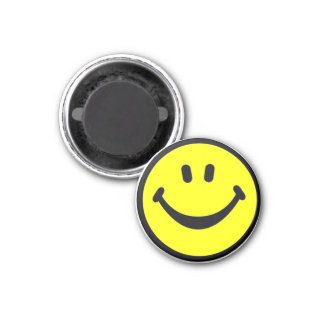 Bright yellow smilie face 3 cm round magnet