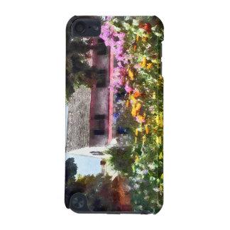 Brilliant Summer Garden iPod Touch (5th Generation) Cases