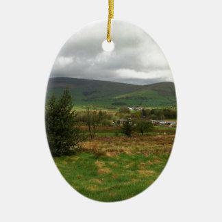 British Countryside Ceramic Oval Decoration