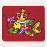British Flag Fish wearing a crown funny cartoon Mousepad