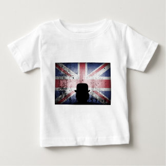 British flag on a grunge corrugated background. baby T-Shirt